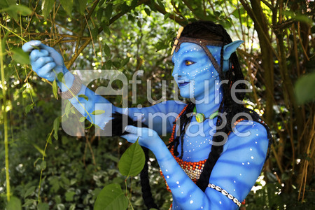 GEEK ART: 'Avatar' Bodypainting